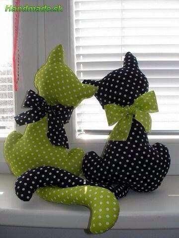 Moldes-para-hacer-cojines-de-gatos01.jpg