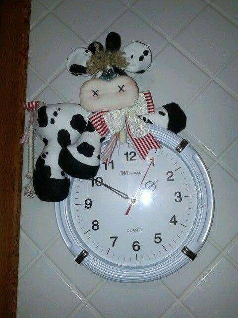 vaca vaquita en la cocina reloj